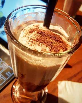 Make your day as sweet as Ovomaltine Shake from The Goods Cafe 😋😋 #goodscafe #goodsdept