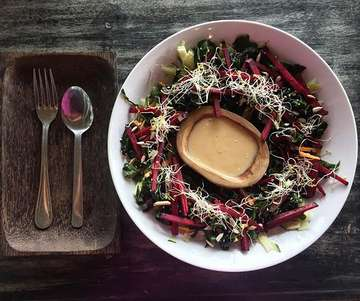 The food alone may be reason enough to move here. Wakame, beetroot, carrots, cucumber, sprouts, and sunflower seeds with a miso ginger dressing. #plantpowered #plantbased #bali #eattherainbow #itstartswithfood #wfpb #vegan #charlieknolesrecommendation #trusthim #thissparksjoy