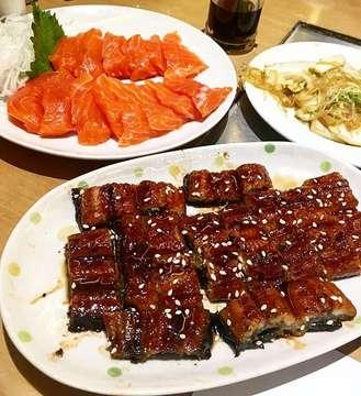 Dinner 🙌🏾🙌🏾🙌🏾🙌🏾🙌🏾 #sukiyaki #unagi #sashimi #japanesefood #dinner #takemori #foodporn #foodgram