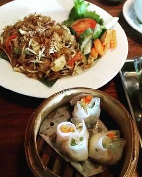 Have a nice lunch.. #culinarytime #kwetiauwlovers #enjoymytime #itsmystyle