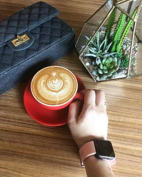 Happy Good Friday my friends! Happy longweekend! Keep your Faith and spirit high. Today, good coffee sponsored by @thebrewhauz coffeeshop. . . #thebrewhauz #coffeeshop #kembangan #kembanganselatan #morningcoffee #garmin #goodfriday #goodday #coffeetime #coffeebreak #morningbooster #morningmotivation #coffee_inst #instagram #instadaily #instapic #likeforlike #likeforfollow #like4like